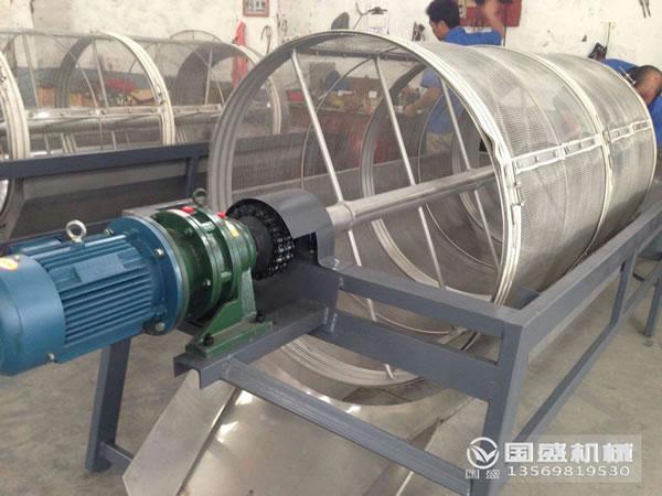 笼式滚筒筛分机使用行业比较全面